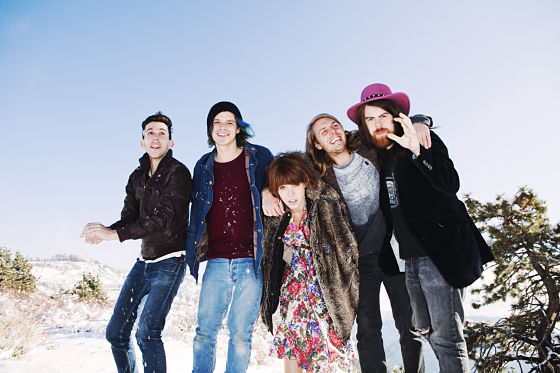 Grouplove_-_Pub_2_opt