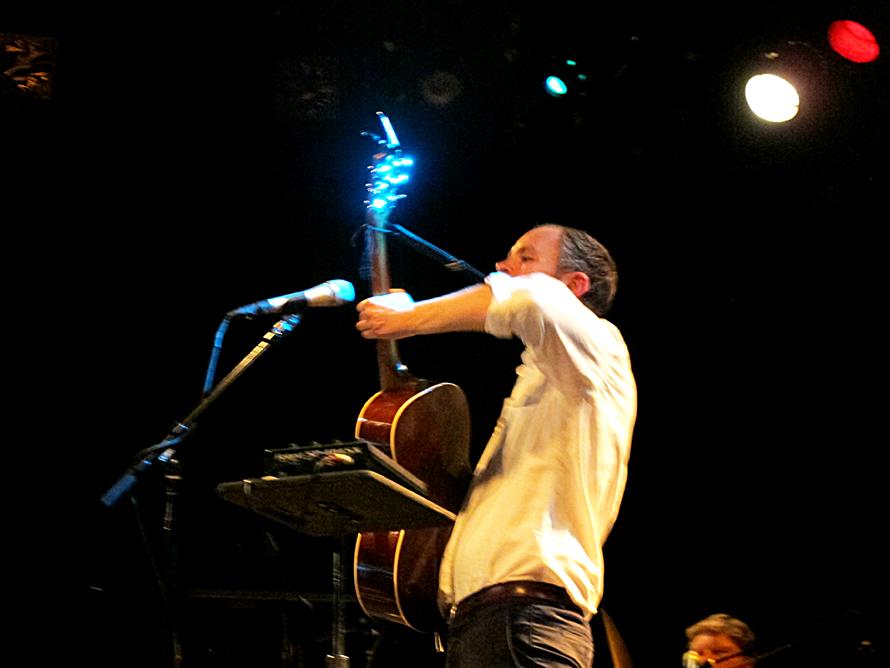 Jens_guitar_up