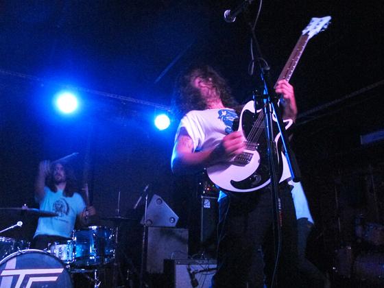 Turbo-Fruits-jonas_guitar2